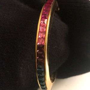 Gold Tone Bracelet with crystals